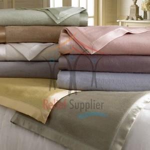 hotel-blanket